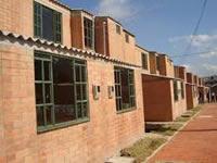 Alerta por estafadores que ofrecen programa de vivienda gratuita
