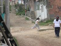 En preocupante estado se encuentran las vías y tuberías del Barrio Julio Rincón