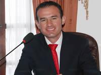 Andrés Jaramillo gana la consulta del Centro Democrático en Soacha