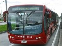 Gustavo Petro propone instalar cámaras de seguridad dentro de los buses de Transmilenio