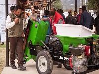 Productores de leche de Cundinamarca reciben máquinas ensiladoras