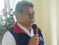 Duro cuestionamiento del candidato Eleázar González a la dosis mínima