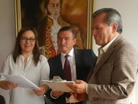 Club 'amigos por Soacha' se unen a la firmatón para invitar al Papa Francisco