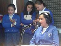 Estudiantes del María Auxiliadora visitaron Uniminuto radio