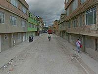 En Ciudad Latina reúnen firmas para arreglo de vía