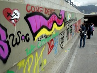 En libertad patrullero que disparó a grafitero Diego Becerra