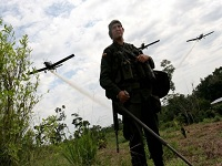 Según el presidente Santos, no se retomará fumigación aérea de cultivos ilícitos