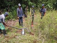 CAR Cundinamarca compró palas y palines de hasta $1'000.000