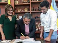 Alcaldía de Soacha firma convenio con el ICCU