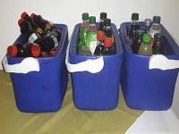 Contenedores de plástico para reciclar en época de vacaciones