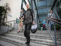 Finlandia inicia plan piloto de salario universal