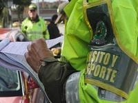 Por acosar a una mujer investigan a policías en Cundinamarca