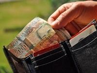 Con medida judicial buscan aumento de salario para empleados públicos