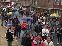 Entre el frío y la llovizna,  católicos de Soacha  participaron en  el Viacrucis