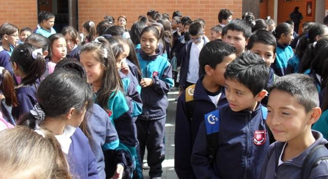 """""""Hambre"""" en los colegios de Soacha"""