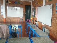 Sesquilé recibió pupitres nuevos para mejorar sus aulas