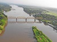 Evacúan Puerto Salgar por aumento de caudal del río Magdalena