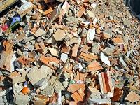 Millonaria multa por disposición ilegal de escombros en el departamento
