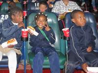 Primera película en pantalla gigante para niños vulnerables de Soacha