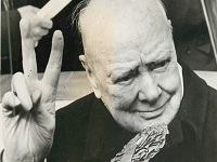 Winston Churchill escribió un ensayo sobre vida extraterrestre