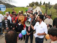 Guatavita tiene el récord en construcción de placas huella