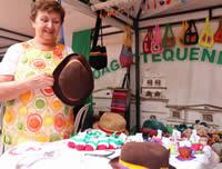 Feria en la Plazoleta de la Casa de la cultura de Soacha