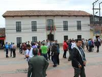 Funcionarios de la alcaldía evacuaron  edificio gubernamental