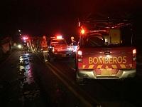 En medio de una emergencia cobraron peaje a bomberos del departamento