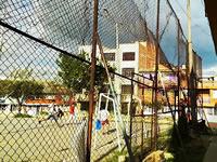 Con un documental, habitantes de un barrio de Soacha buscan recursos para arreglar cancha deportiva