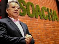 Condecoran al alcalde de Soacha