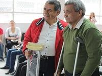 Alcaldía de Soacha entrega ayudas técnicas para población con discapacidad