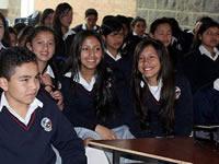 Garantizan cupos educativos para estudiantes de Soacha