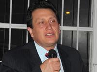 Votar en blanco es la mejor opción para las elecciones parlamentarias: Oswaldo Córdoba