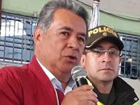Alcalde de Soacha votó en la  Institución Educativa Santa Ana