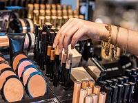 Decomisan cinco toneladas de cosméticos en Bogotá