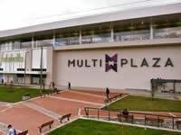 Centros comerciales generan caos en la movilidad de Bogotá