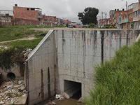 Aguas residuales afectan salud de estudiantes de un colegio de Soacha