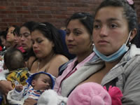 En Soacha entregan  kits de cuidado infantil a madres vulnerables