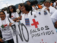 Madres de Soacha  se unen a la campaña de Gustavo Petro