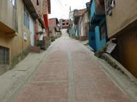 Alcaldía inaugura vías adoquinadas en Soacha