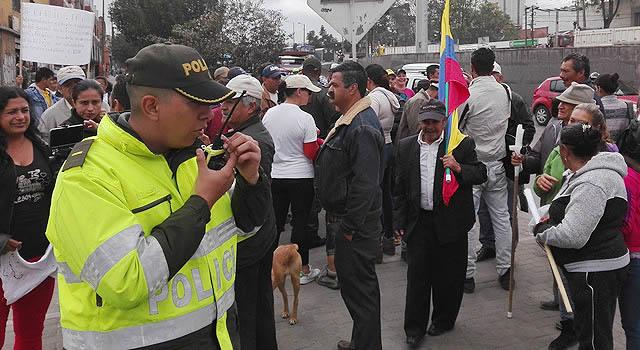 Habitantes de comuna cuatro de Soacha marchan para solicitar apoyo del Gobierno