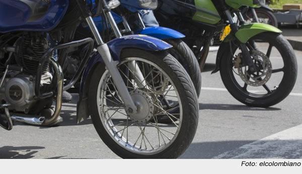 Sin identificar permanece motociclista arrollado en autopista sur