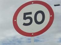 En Bogotá instalan  señales de 'máximo 50 kilómetros'