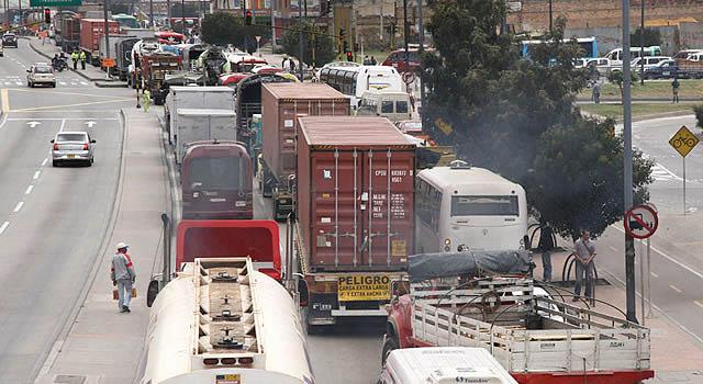 Restricción vehicular de la calle 13 congestionaría aún más la Autopista Sur en Soacha