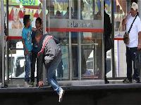 Intensifican sanciones para colados en el transporte público