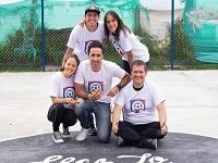 Goles de  Mina, Falcao y Cuadrado permitieron construir una cancha para los niños de Cazuca