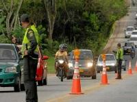 Mil policías acompañan operación vial de fin de año