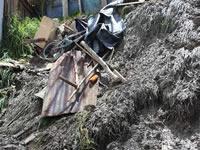 Familias afectadas por deslizamiento de tierra en Soacha