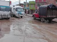 Pésimo estado de una vía en Soacha por falta de interventoría