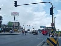 Nada que  reparan semáforo del Altico en Soacha